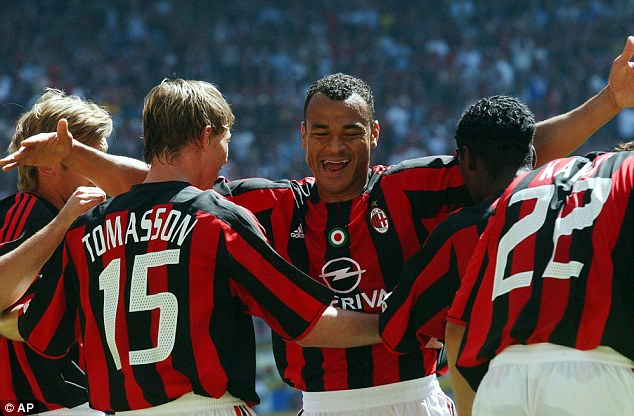 00E978B21000044C-3031810-Cafu_pictured_celebrating_a_goal_for_AC_Milan_in_2004_played_wit-a-46_1428575783596