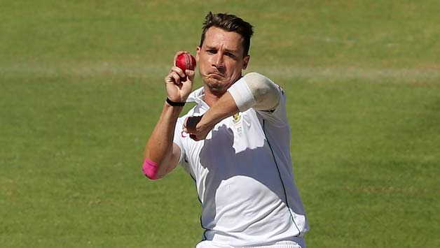 Dale-Steyn-of-South-Africa-bowls-during-day-4-of-the-third-test-match-between-South-Africa-and-Aus